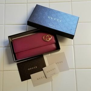 Authentic Gucci Pink Heart Heartbeat Wallet